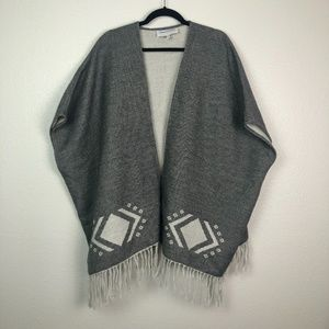 Cupcakes and Cashmere tan black poncho wrap
